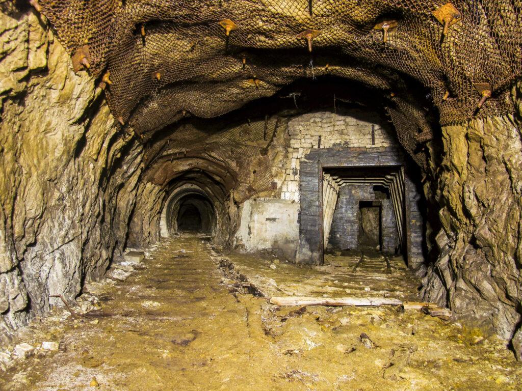 Mine d'uranium abandonnée (Russie)